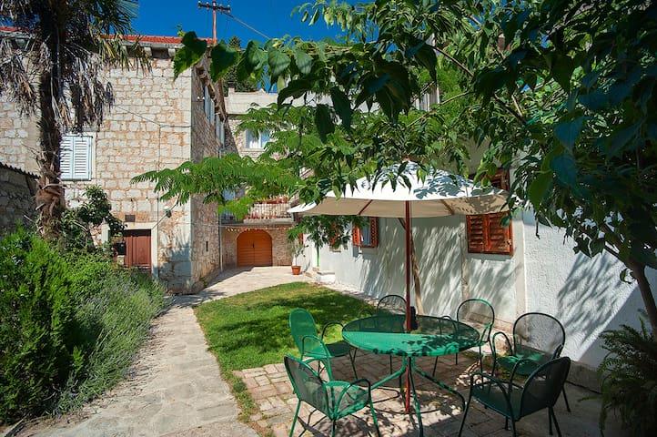 Dalmatian garden - Šibenik - Apartamento