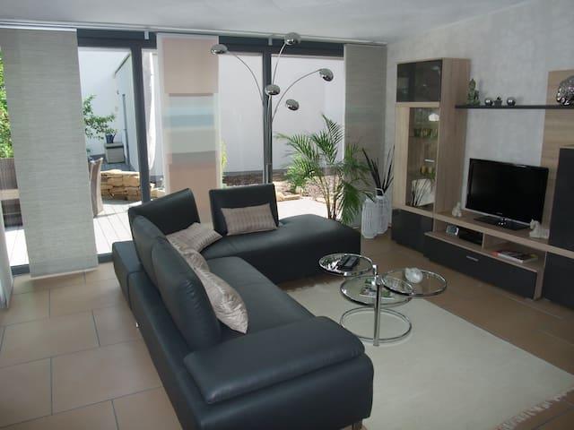 Exclusive Apartment near Frankfurt! - Eppstein - Pis