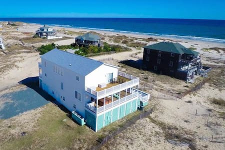 Family 4x4, Beach, Pool, Hot Tub, Theater, Sun-Sun - House