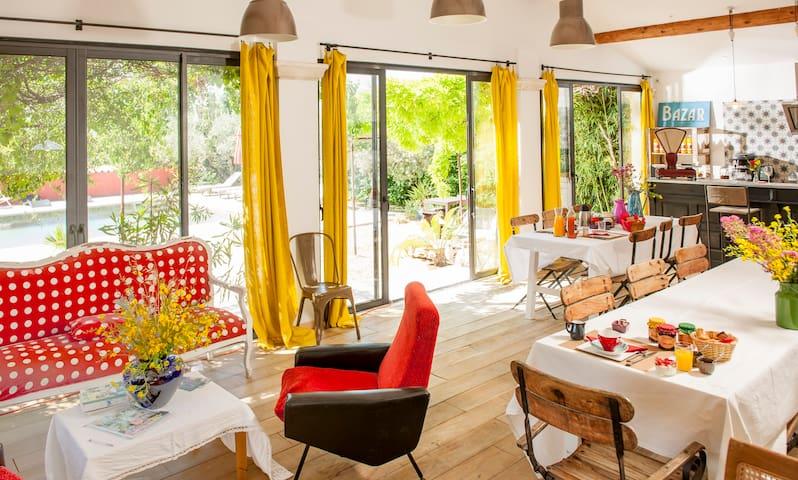Une chambre en Provence - Mérindol - Bed & Breakfast