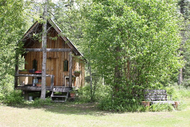 Buffalo Ranch ~ Sauna Cabin on the Creek
