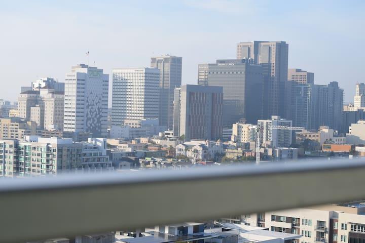 High-Rise East Village 2 Bedroom - San Diego - Lägenhet