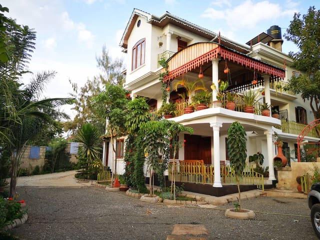 Poza Palace is a little Zanzibar in Arusha 2
