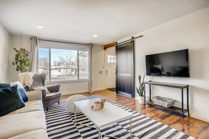 Spacious and Stylish House Close to Downtown