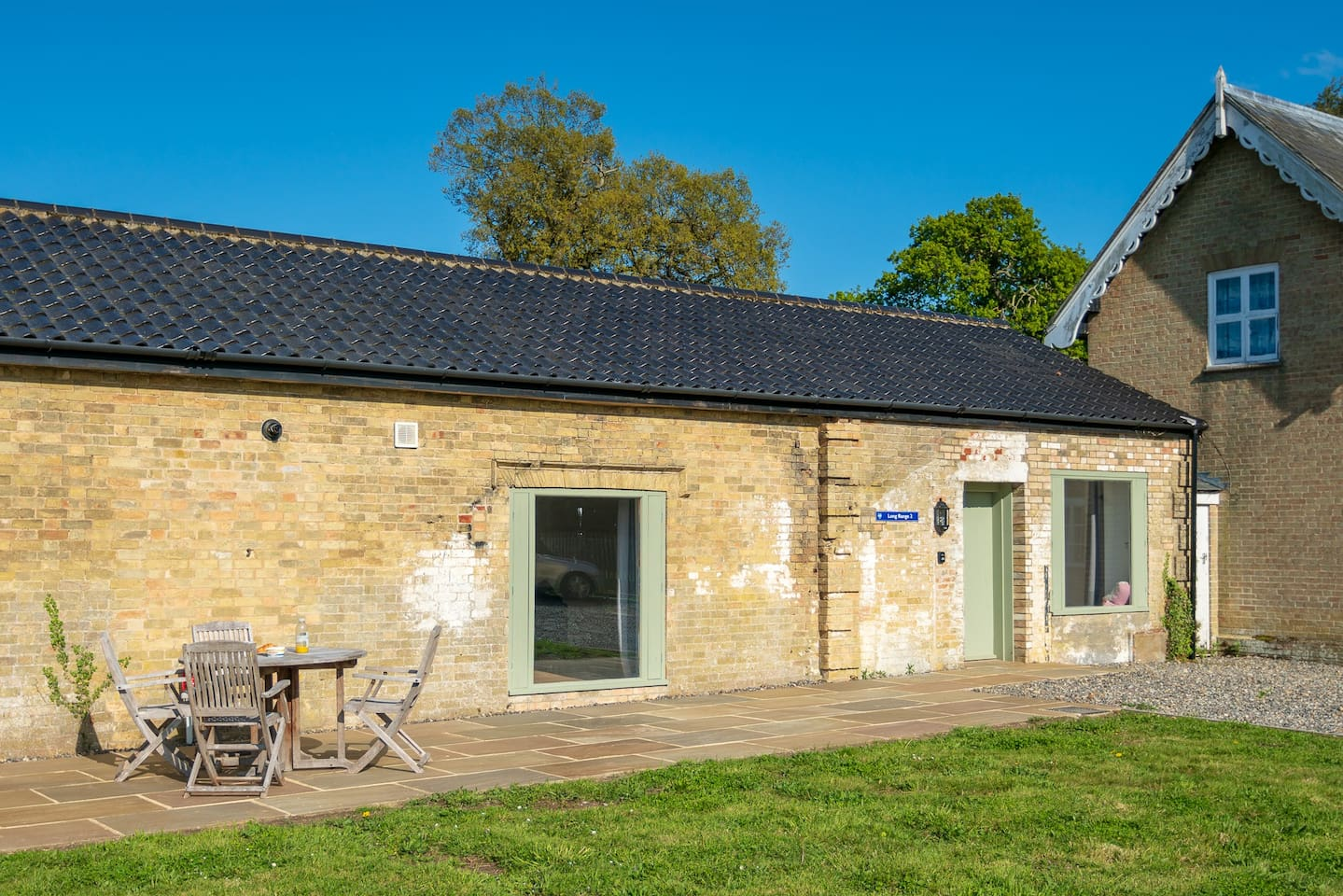 Long Range 2 is a newly renovated cottage on the historic Henham Park estate near Southwold