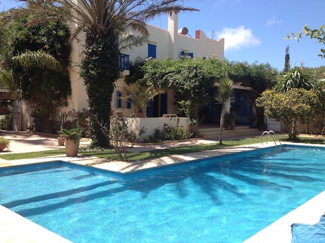 Agréable maison de vacances - Ghazoua - Huis