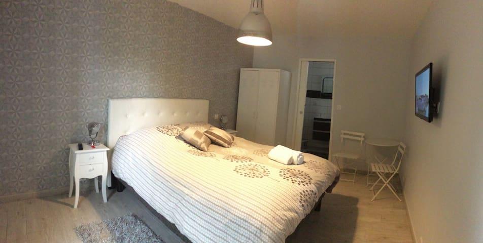 Chambre cosy - Estouteville-Écalles - Bed & Breakfast