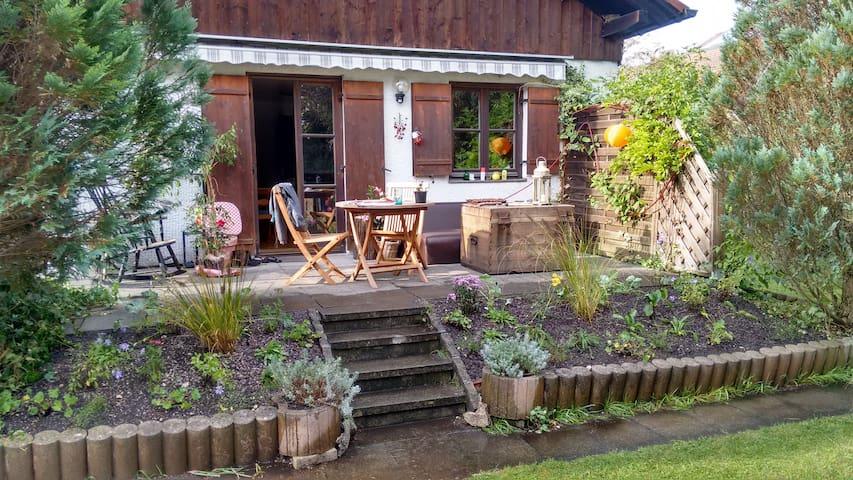 Gemütliches Haus mit schönem Garten - Wolfratshausen - Rumah