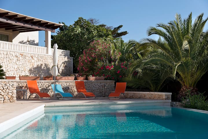 House ample and luminous, swimming pool - Sant Lluís - Huis
