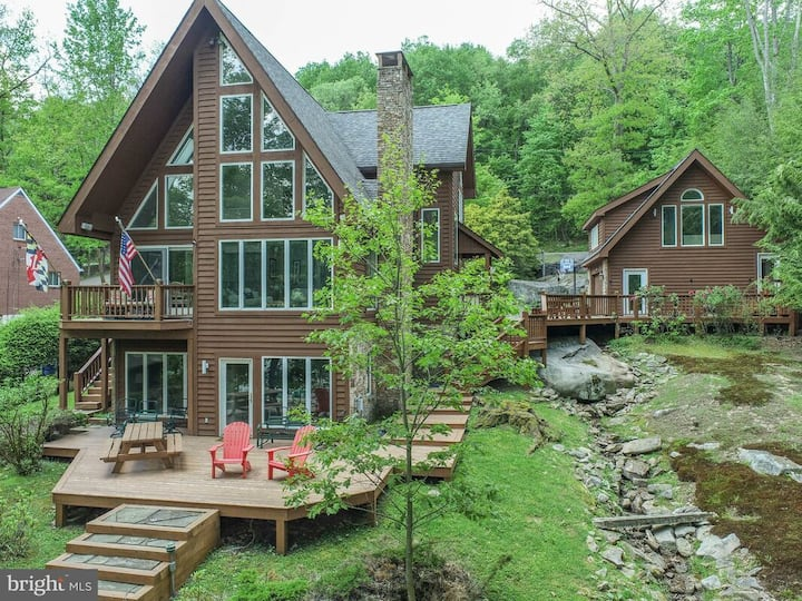 NEW! Lakefront Home w/ Dock, Wood Fireplace and Fire Pit!