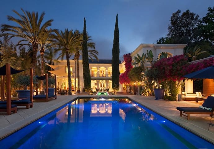 Beverly Hills Mansion - Perfect for Film/Events