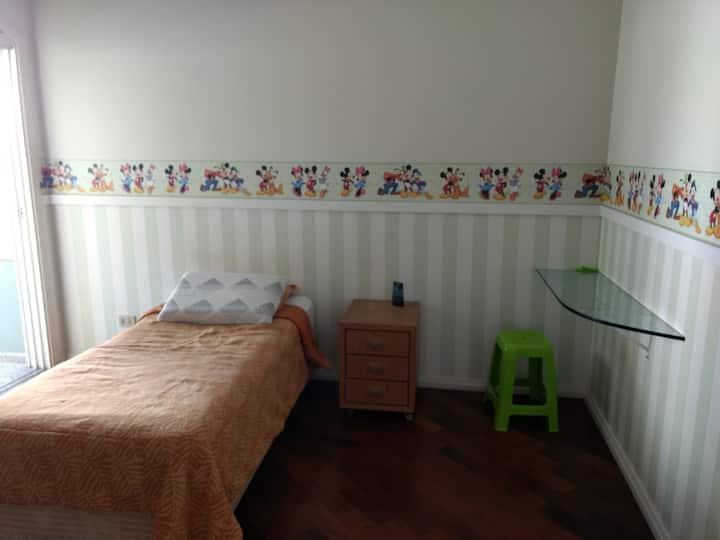 Confortável Suite em bairro nobre de SP