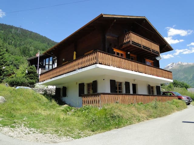 Family friendly luxury  Chalet in typical Swiss village - Fiesch - Chalet