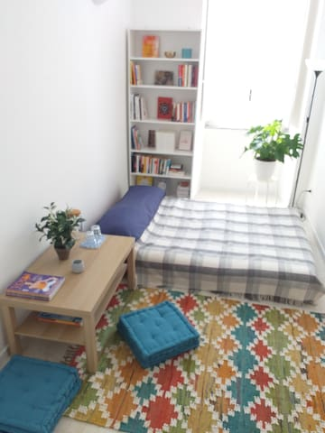 Bright & quiet double room in Prati, near Vatican