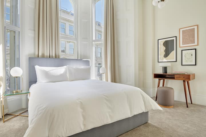 Sonder | Private Room Near Whole Foods Market | Kensington Prince of Wales