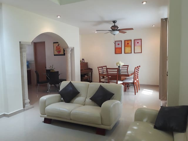 Comfortable and quiet home in Montemorelos
