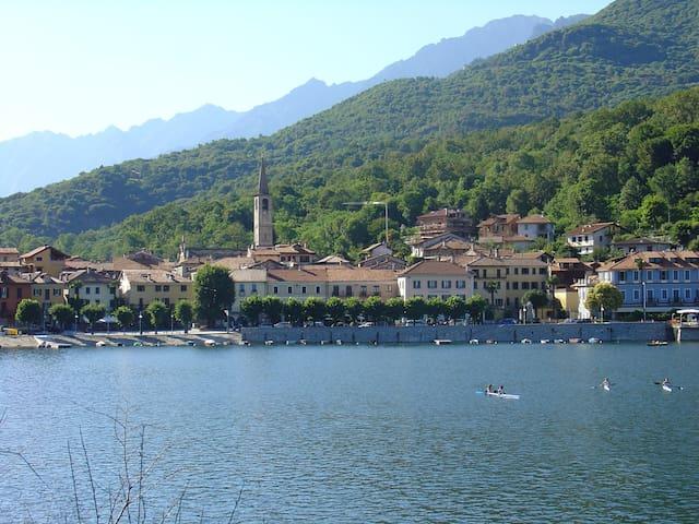 Lac de Mergozzo / Lac Majeur - Mergozzo - 一軒家