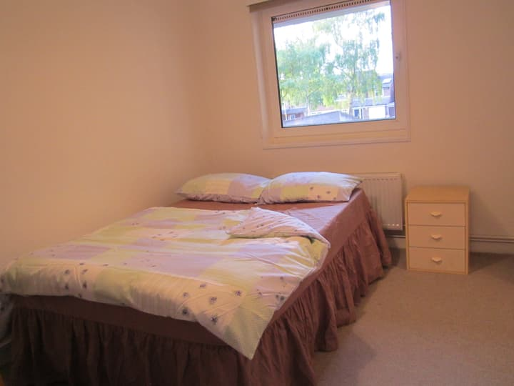 A spacious private Double room