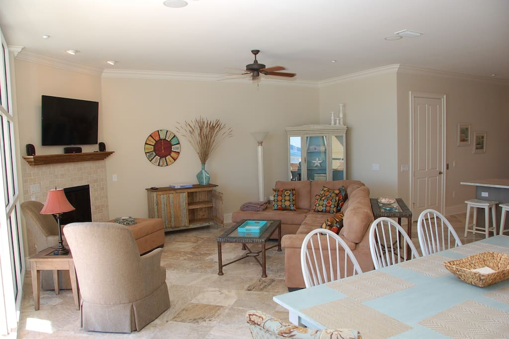 Main level living area with Gulf Views, open to kitchen