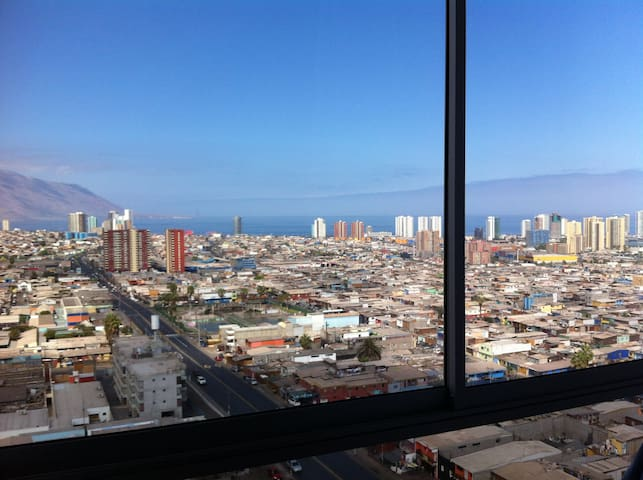 Room for one in an important avenue in Iquique