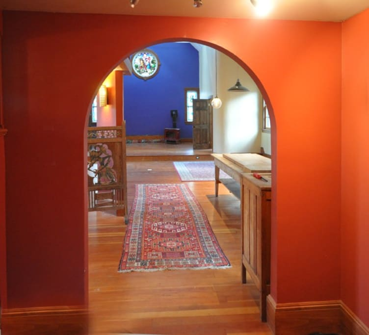 Entrance from the front vestibule to the main space.