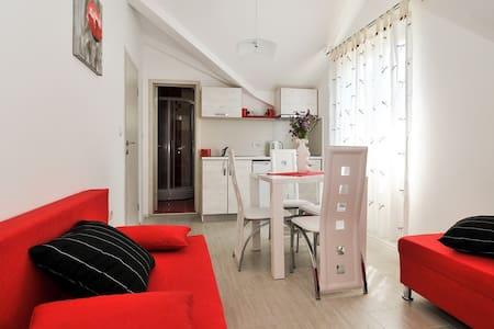 APARTMANI M&P 1 - Donja Lastva - Apartment