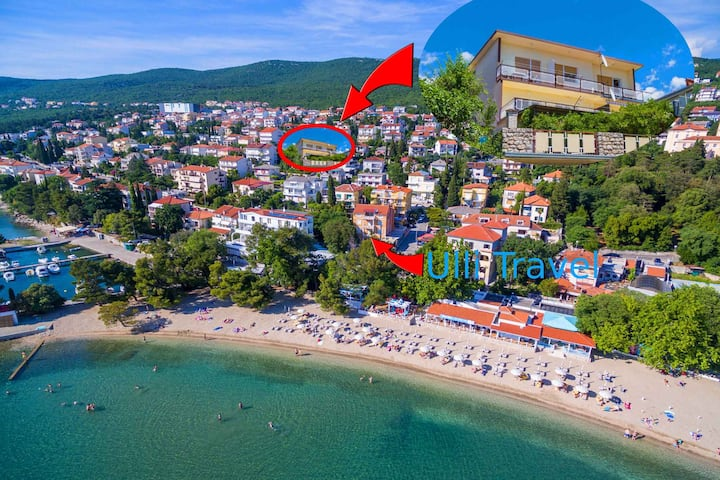 apartment for 4 persons in Crikvenica R96808