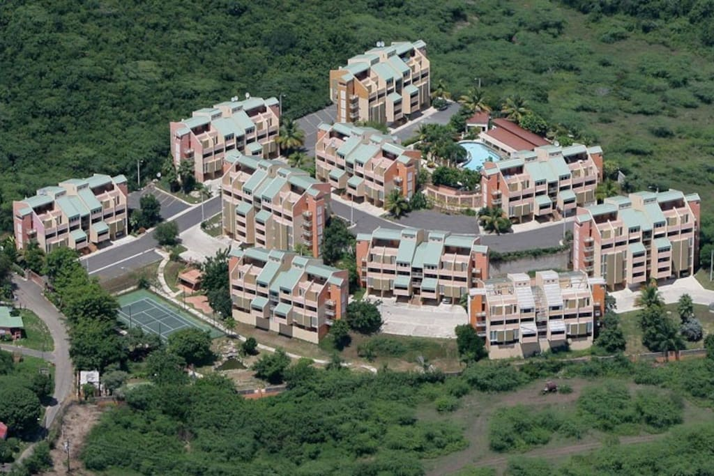 Aerial view of Villa Campo Mar private development.