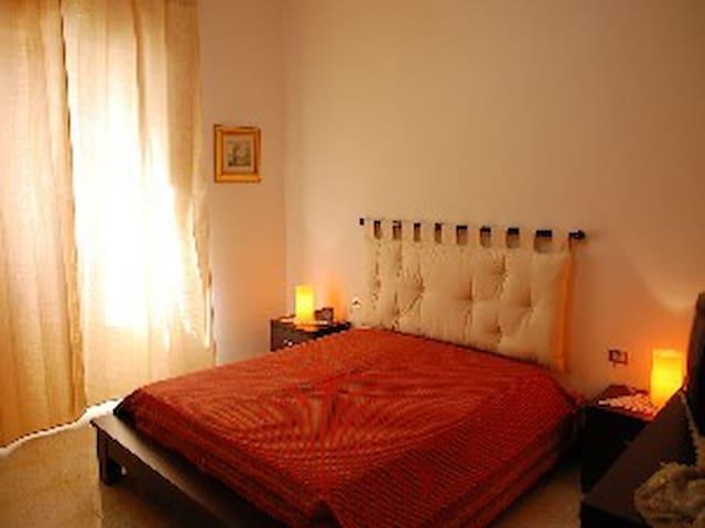 Comodo appartamento a 400m dal mare - Calasetta - Apartemen