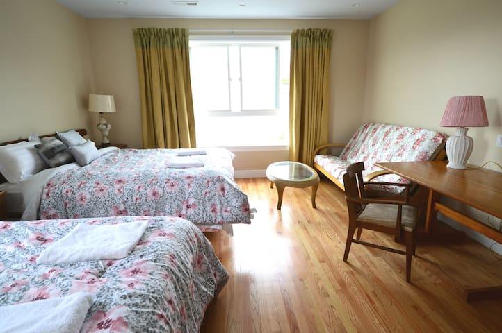 3E 旧金山豪华超大套房,配独立卫浴,可睡6人,近机场,地铁站和高速公路口