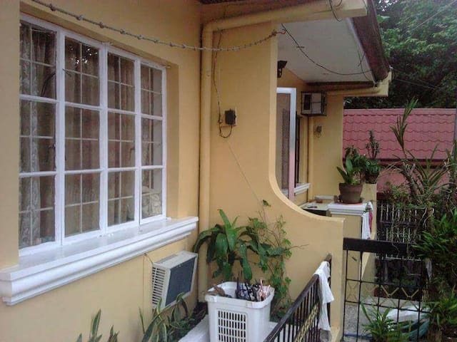 Quaint Cozy Apt in Hinulugang Taktak - Antipolo - Antipolo - Apartment