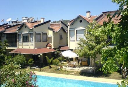 Quite Villa at Atasoy Sitesi
