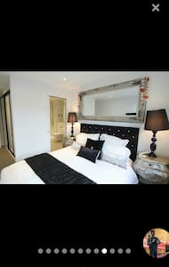5 star room with tv - bournemouth