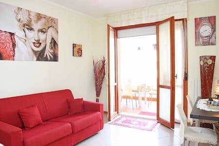 Bell'appartamentino vicino al mare! - Villa Rosa