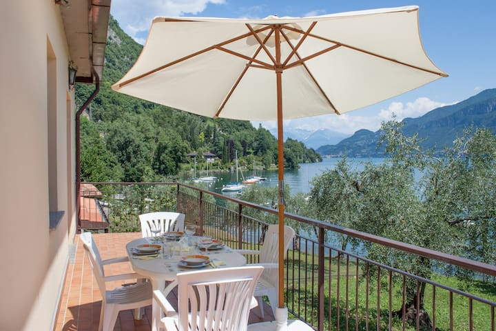 The Beach House near Bellagio - Limonta - Casa