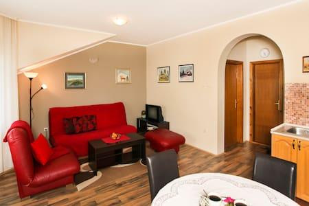 Apartman LJiljana - Wohnung