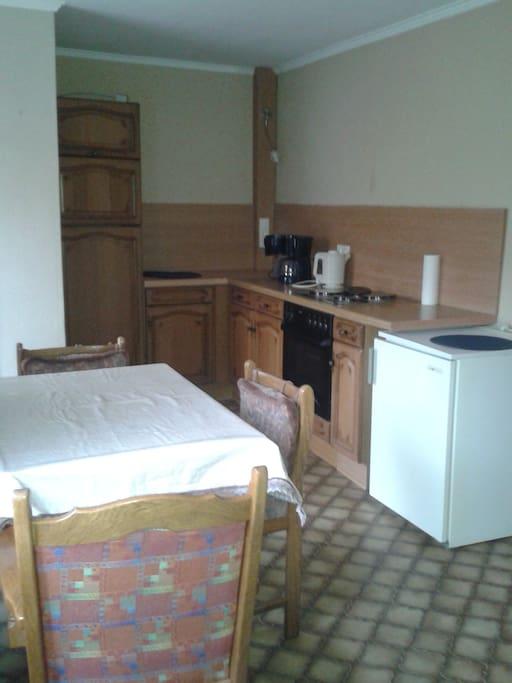 ferw monteurw haus andrea h user zur miete in flieden hessen deutschland. Black Bedroom Furniture Sets. Home Design Ideas