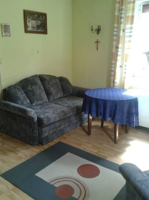 W1. Wohnzimmer
