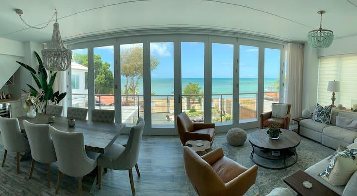 Amazing Oceanfront Villa in Combate Beach