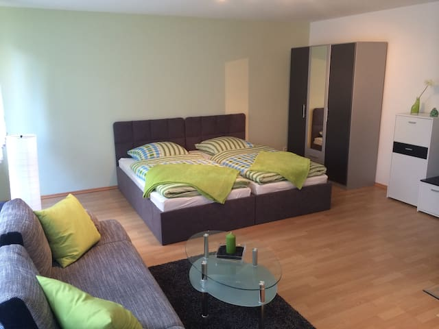 Appartement in Zentraler Lage - Köln - Huoneisto