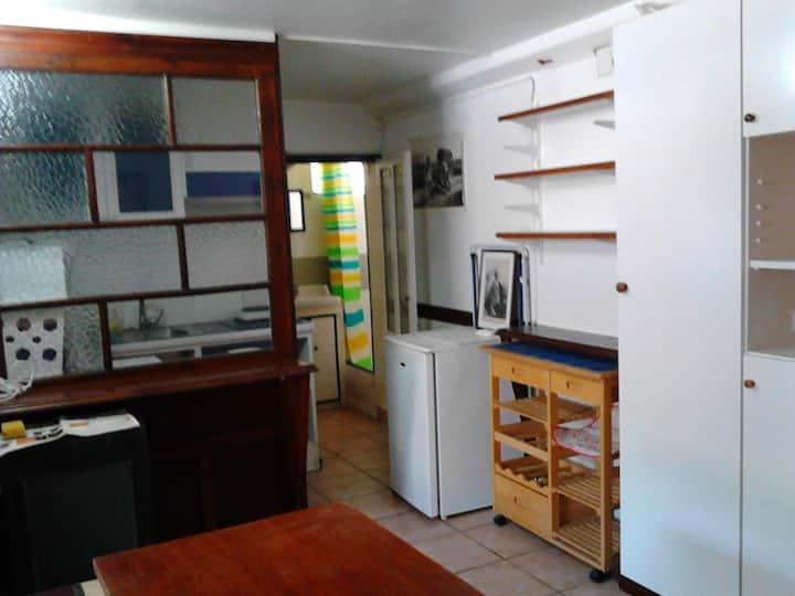 Habitación-Estudio cerca de Pamplona