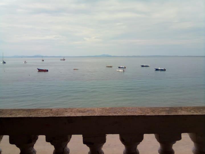 Béluga, chambre vue sur mer, Madirokely