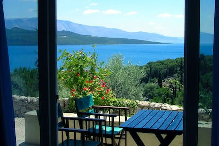 Flat in Villa del Art with sea view - Lefkas - อพาร์ทเมนท์
