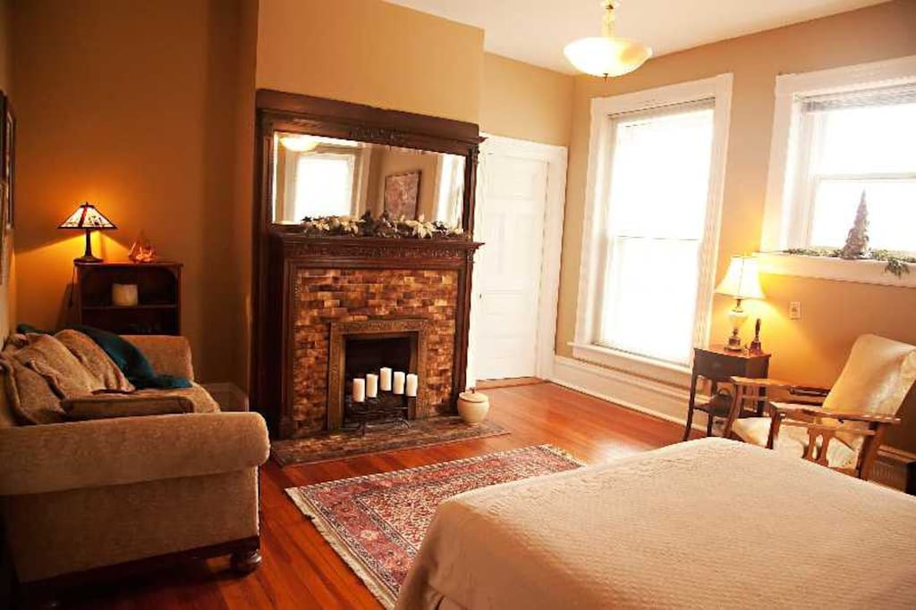 Fireplace Design anniston fireplace : Parker House Anniston All the Guest Rooms - Bed & Breakfasts for ...