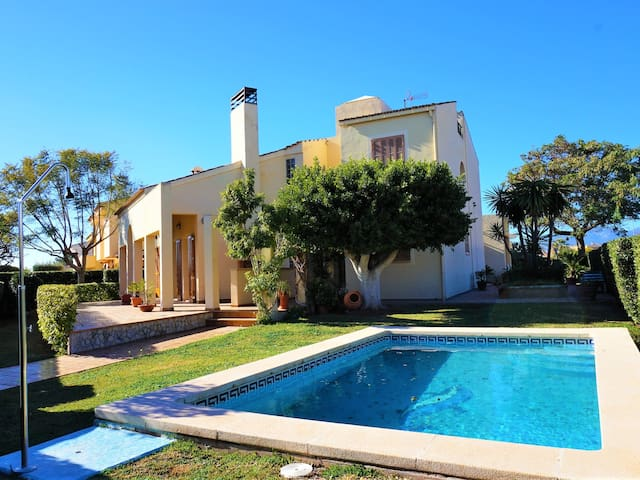 Casa Felix - Villa with swimming pool on the outskirts of Palma,WIFI GRATIS