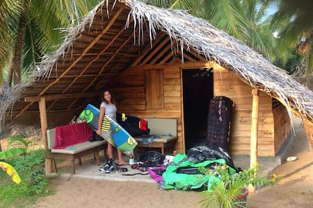 OFF-GRID Eco friendly Cabanas- Ruuk Village