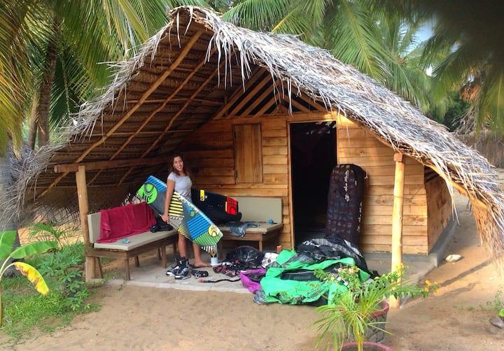 OFF-GRID Eco friendly Cabanas- Ruuk Village