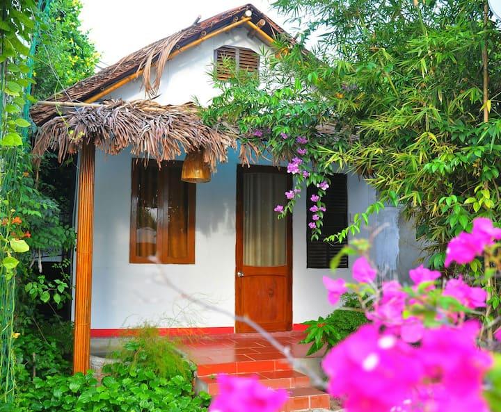 La Bignonia Hoi An Bungalow( Jardin de Mai Hoi An