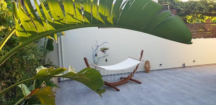 E & G Relax Homes.  (Home-E)