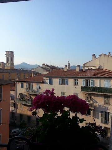 quiet studio in Nice, old town